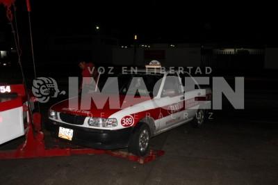 Agreden a balazos a taxista de Martínez de la Torre