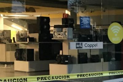 Asaltan tienda departamental en Xalapa