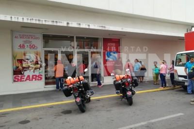Asaltan tienda departamental en pleno Centro Histórico