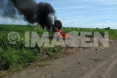 Se incendia toma clandestina en Tierra Blanca