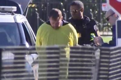 Disfrazado de pokemon es arrestado en la Casa Blanca