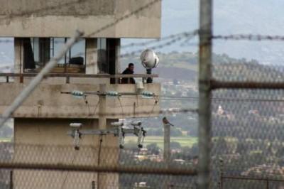 Reportan motín en penal de Chiconautla en Ecatepec