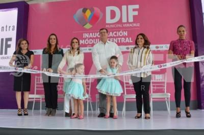 En exclusiva:Inauguración del Módulo Central DIF