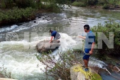 Encuentran cadáver en río de Martínez de la Torre
