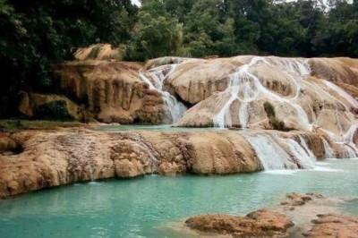 Bajo caudal en cascadas de Agua Azul, por desvío natural: Conagua
