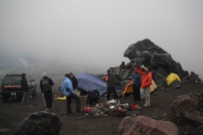 Rescatistas hayan muerto a montañista queretano en el Pico de Orizaba