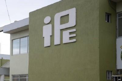 Continúa proyecto de venta de bienes del IPE