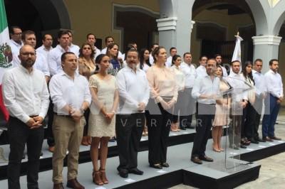 Presenta Fernando Yunes a los directores del Ayuntamiento de Veracruz