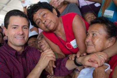 Afirma Peña Nieto que en México hay menos carencias