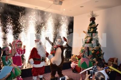 Llega la navidad:Realiza Hotel Camino Real encendido del árbol navideño