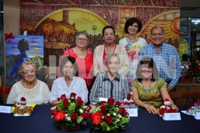 Reunión amistosa : Celebran 28° Café de la Tercera Edad