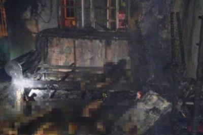 Tragedia huchicolera: muere familia completa al estallar bodega clandestina en Tabasco