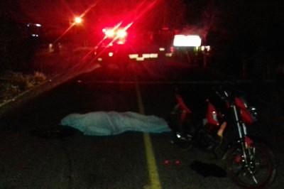 Chocan motos en Amatitlán y muere joven de Carrillo