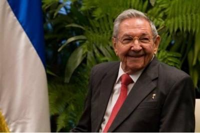 Raúl Castro dejará en abril presidencia en Cuba
