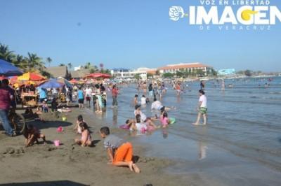 Turistas gozan de Veracruz