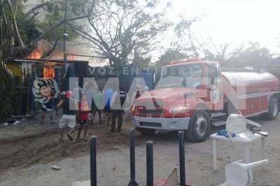 Tres viviendas incendiadas en colonia Chalchihuecan