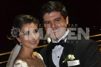 Emotivo enlace: Kristel López Dieckmann y Julio Suero Bendicen sus vidas