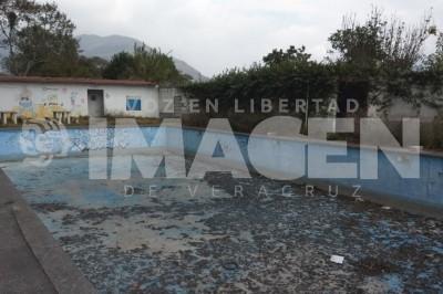 """Ruinas quedaron de las instalaciones de la """"Presita Vieja"""""""