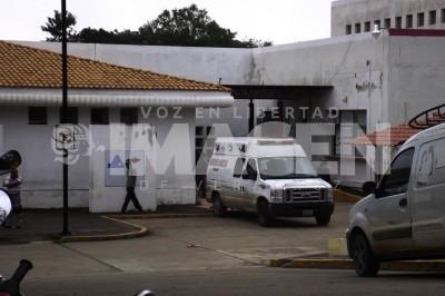 Golpean a médico en Jesús Carranza para que atendiera a baleado