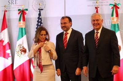 México rechaza uso de la violencia en Venezuela: Videgaray