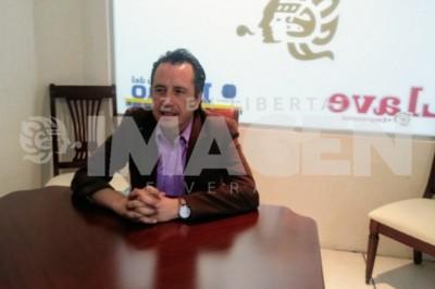 Yunismo se Aduartó; en dos años hay severo daño en Veracruz: Cuitláhuac