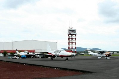 Denuncian corrupción en Dirección de Aeronáutica