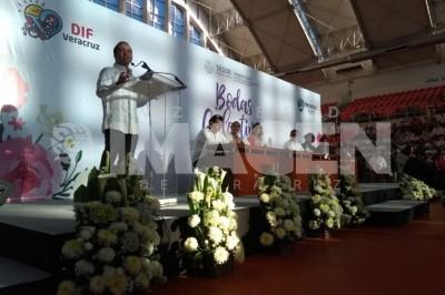 Se casan 500 parejas en Bodas Colectivas realizadas en Veracruz