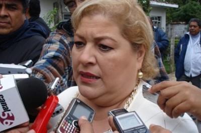 Intenta alcaldesa de Córdoba impedir circulación de diario