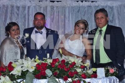 Llegan al altar: Stephania Reyes y Alejandro López se desposan