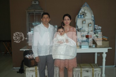 Agua de vida: Diego Nyssen Pérez recibe el primer sacramento