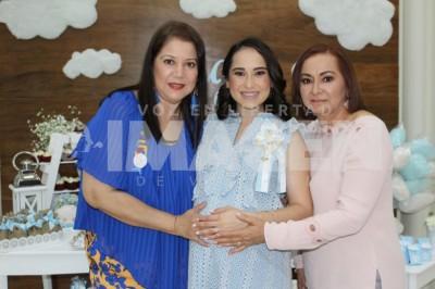 En espera de Jorgito: Eréndira Flores de Reyes disfruta baby shower