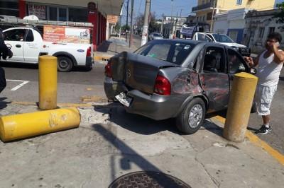 Choca urbano a familia en centro de la ciudad de Veracruz