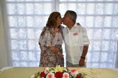 Celebran el amor:  Leonor Zurita y José Luis Gutiérrez renuevan votos