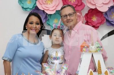 Arcoíris de diversion: Melissa Rodríguez celebra seis años de vida