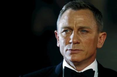 Confirma otra película como 007