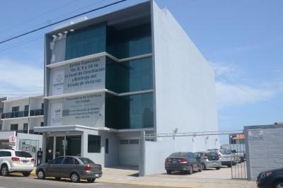 Paga Yunes Linares 2 mdp por renta de edificio en Boca del Río
