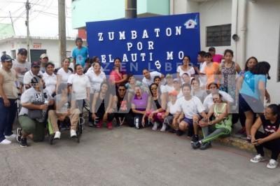 En Cosamaloapan realizan Zumbatón para concientizar sobre el Autismo