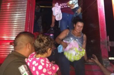 En Acayucan, rescatan a 119 migrantes entre ellos 47 infantes