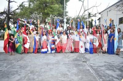 HONORABLE DÍA: Socias de la MRPV celebran la unión panamericana