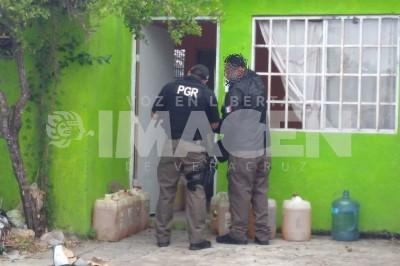 Mediante cateo aseguran hidrocarburo y un inmueble en Veracruz