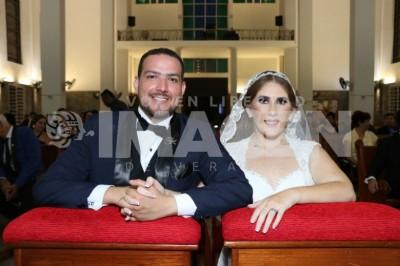 ANTE LA LEY DE DIOS : Tabata Mardones y José Luis Castañeda protagonizan boda de ensueño