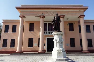 Padres de familia de la escuela Francisco Javier Clavijero realizan denuncias por actos de corrupción