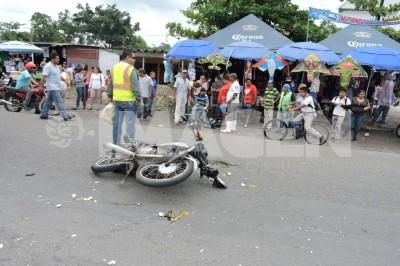 Encontronazo de motos en Tierra Blanca cobra 2 heridos