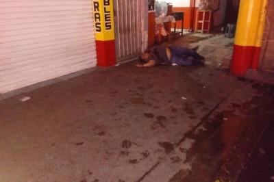 Asesinan a dueño de una funeraria frente al parque Salvador Diaz Mirón