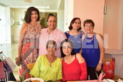 AMENA MAÑANA: Alicia Martínez festejó un año más de vida