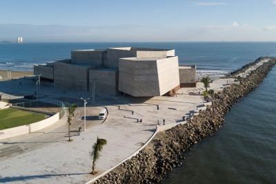 Familia Yunes cobra mensualidad por traspasar Foro Boca al municipio en contratos que se han mantenido ocultos