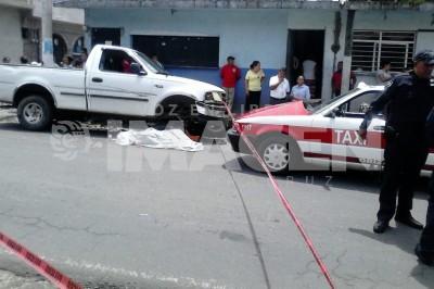 Taxista atropella y mata a menor de 13 años sobre la carretera a Ixhuatlancillo