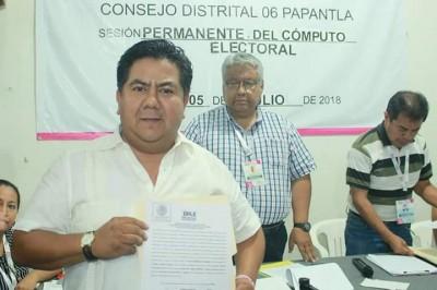 Ratifican a Éric Domínguez como diputado local