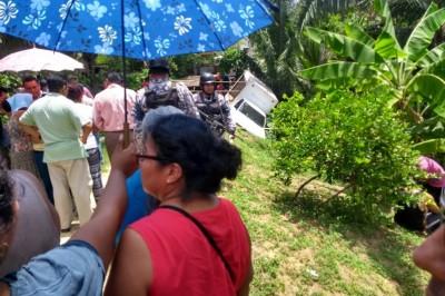 Camión de agua aplasta a menor de 6 años en Cosoleacaque