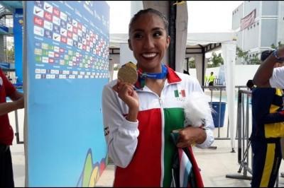 Joana Jiménez da oro a México en natación artística en Barranquilla